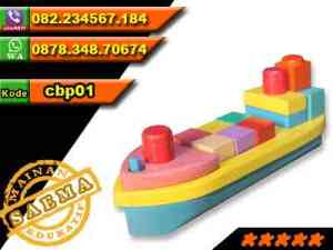 mainan-kapal-kayu